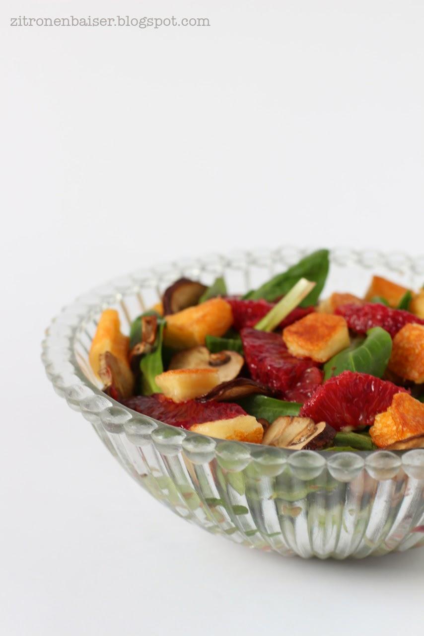 Wintersalat: Feldsalat mit Blutorangen, gerösteten Champignons & Halloumi / THE.WAITRESS. Blog