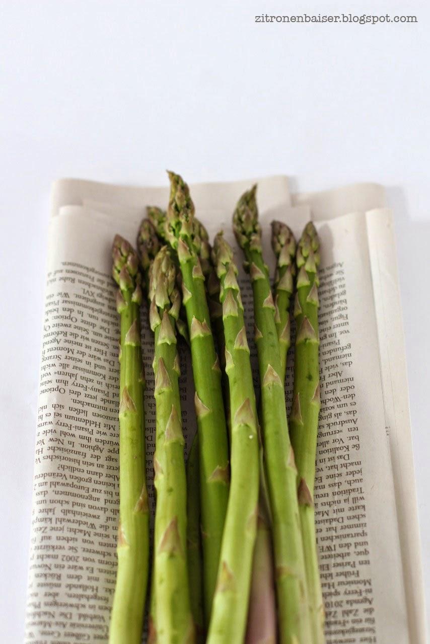 Rezept für Spargel-Bärlauch-Risotto mit Kirschtomaten und Parmesan / THE.WAITRESS. Blog