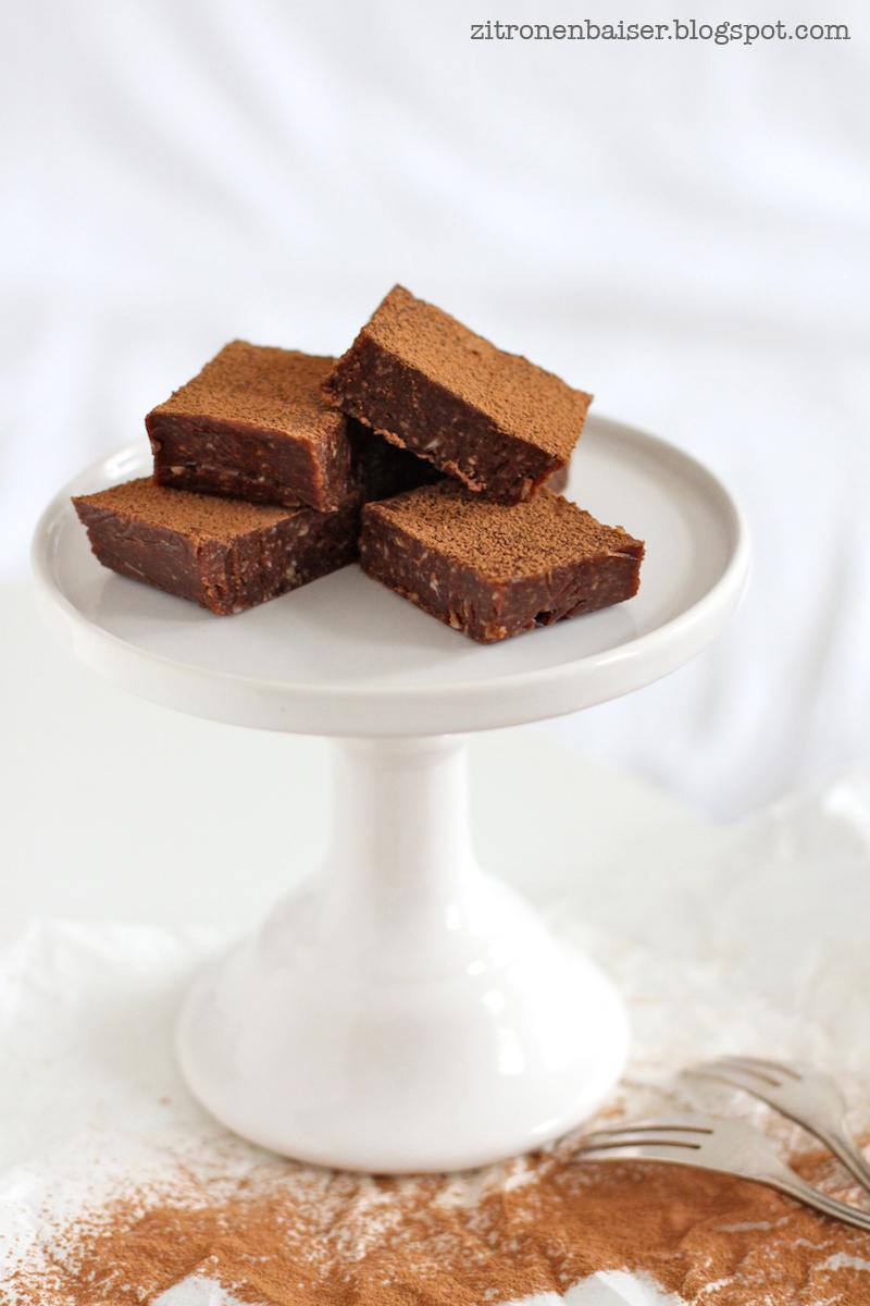 rezept-rohe-schokoladenbrownies-zitronenbaiser-blog.jpg