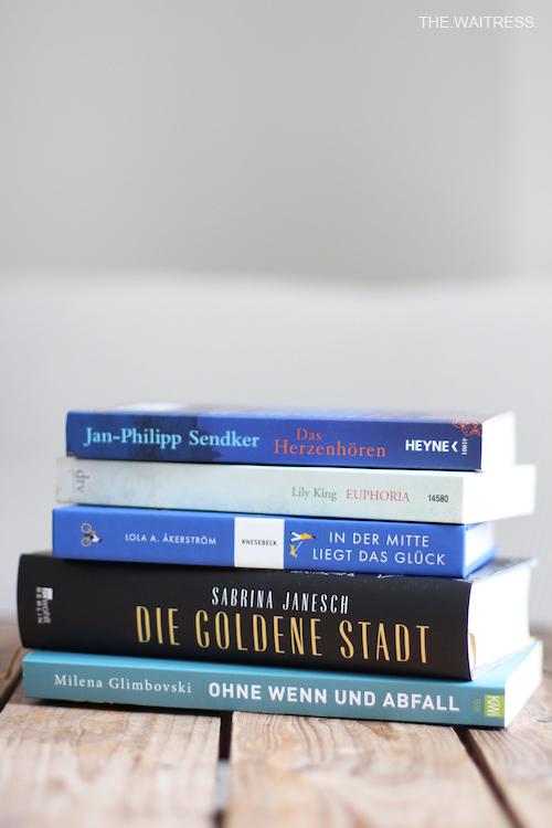 Mein Buchstapel im Herbst / THE.WAITRESS. Blog