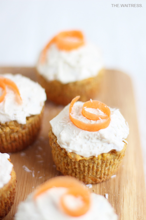 Rezept für Gesunde Carrot Cake Cupcakes / THE.WAITRESS.