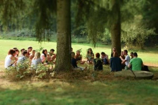 Einfach raus in die Natur und die Seele baumeln lassen, genau das bietet  Sommerjung.