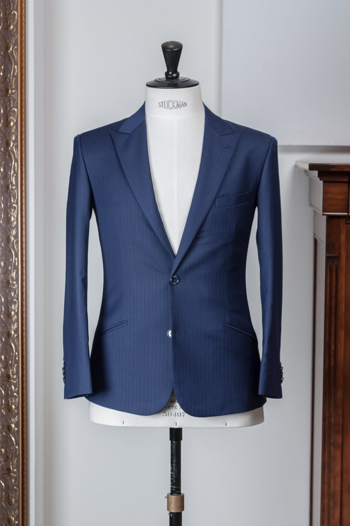 - 3-piece Herringbone blue suit combination Italian styled