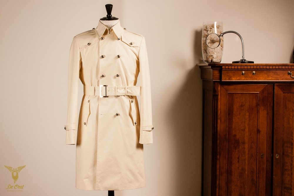 - Tailor made and designed Bespoke Vintage Trenchcoat Cotton Vanilla