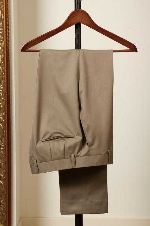 Tailor+made+trouser+pantalon+Taupe+Solid+Gaberdine++(1).jpg