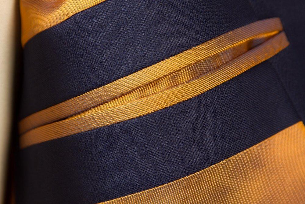 3+knoops+blauw+trouwpak+kostuum+tailor+made+klassiek+cavalry+twill+Amsterdam.jpg