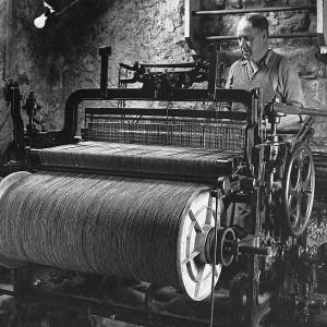 heritage_weaver_neil_maclean_1960-300x300.jpg