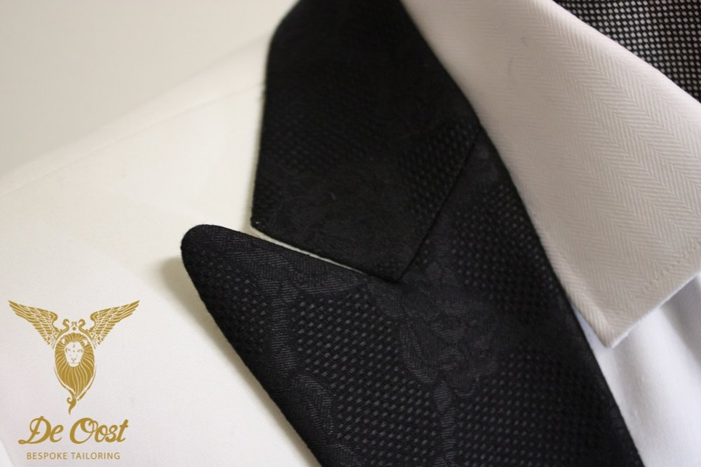 White-dinnerjacket-tuxedo-smoking-bespoke-tailored-handmade-blacktie-whitetie.jpg