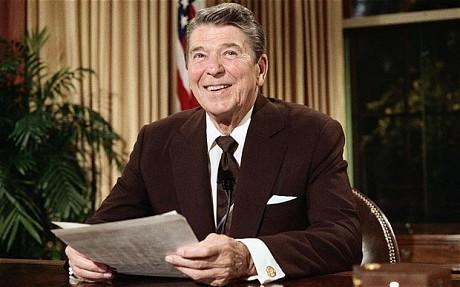 Ronald+Reagan+Brown+Suit+De+Oost.jpg