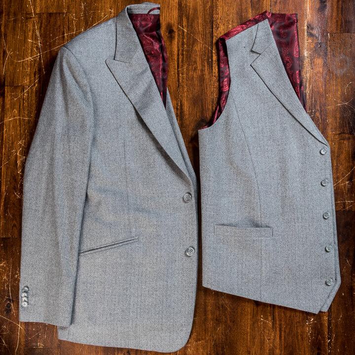 - Light Grey Wool Herringbone Flanel 3 Piece Suit Men