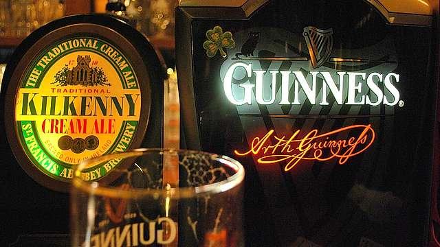 Irish pubs.jpg