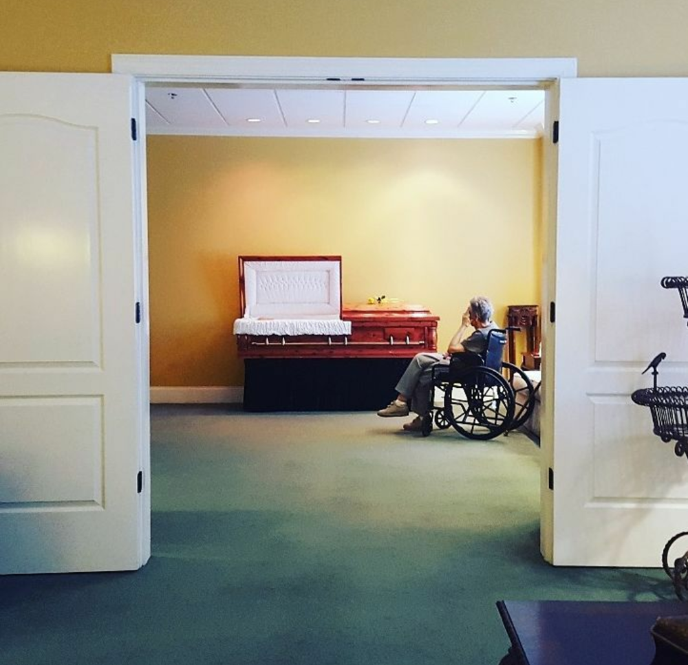 Atlanta Death Midwifery serves in times when there is no one else to step in and help. We keep things organized and reverent in spaces where sudden loss has left the survived in shock, vulnerable and confused. We are there advocates.