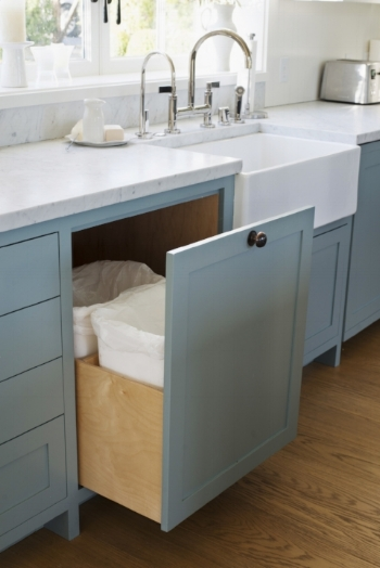 Pullout waste and recycling bins |  Remodelista.com
