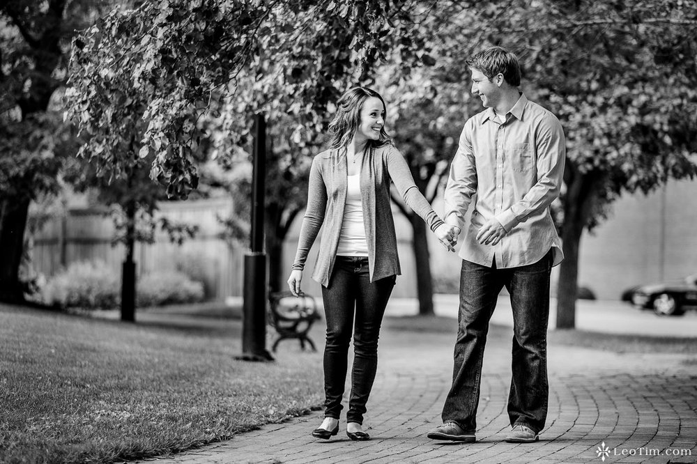 franklin-square-syracuse-engagement-photos-23.jpg