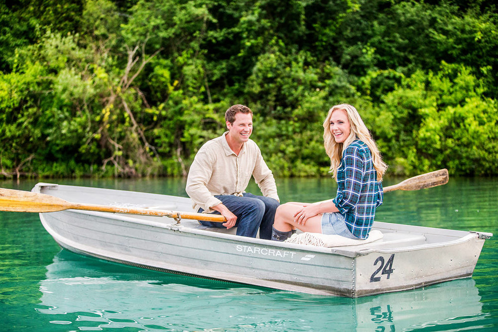 green-lakes-engagement-photos-b01.jpg
