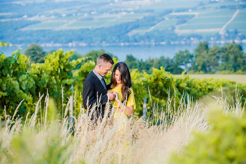 glenora-winery-engagement-photos-05.jpg