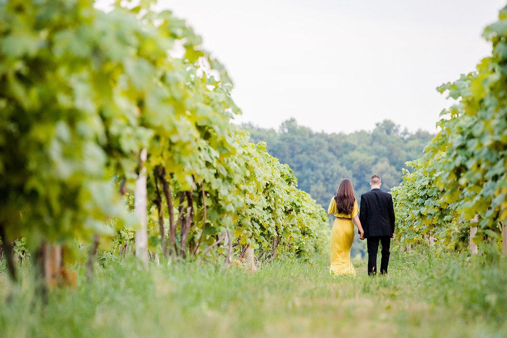 glenora-winery-engagement-photos-12.jpg