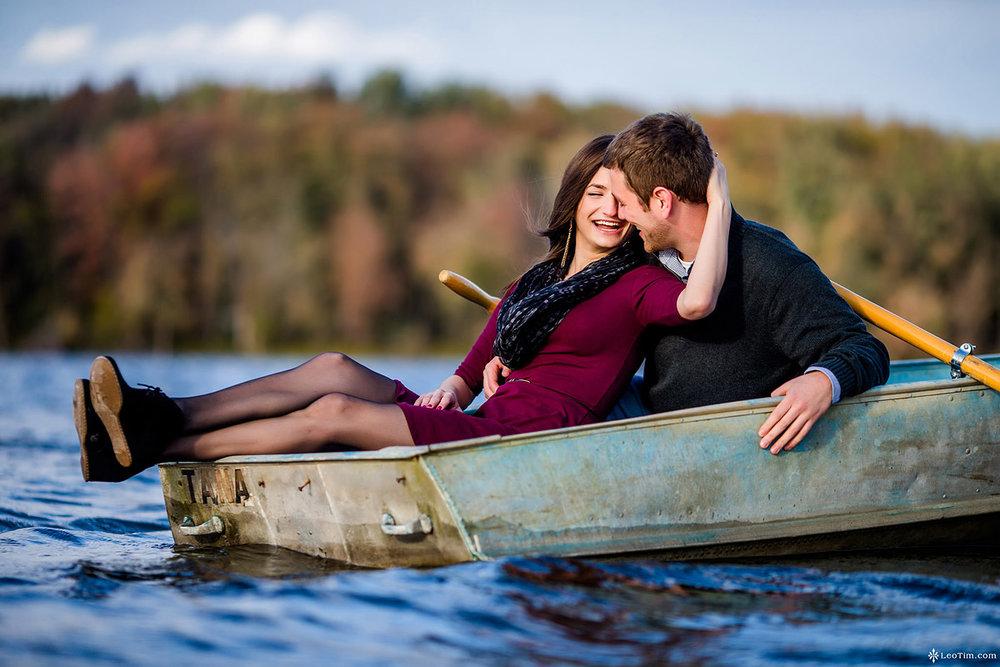 cross-lake-engagement-photos-04.jpg