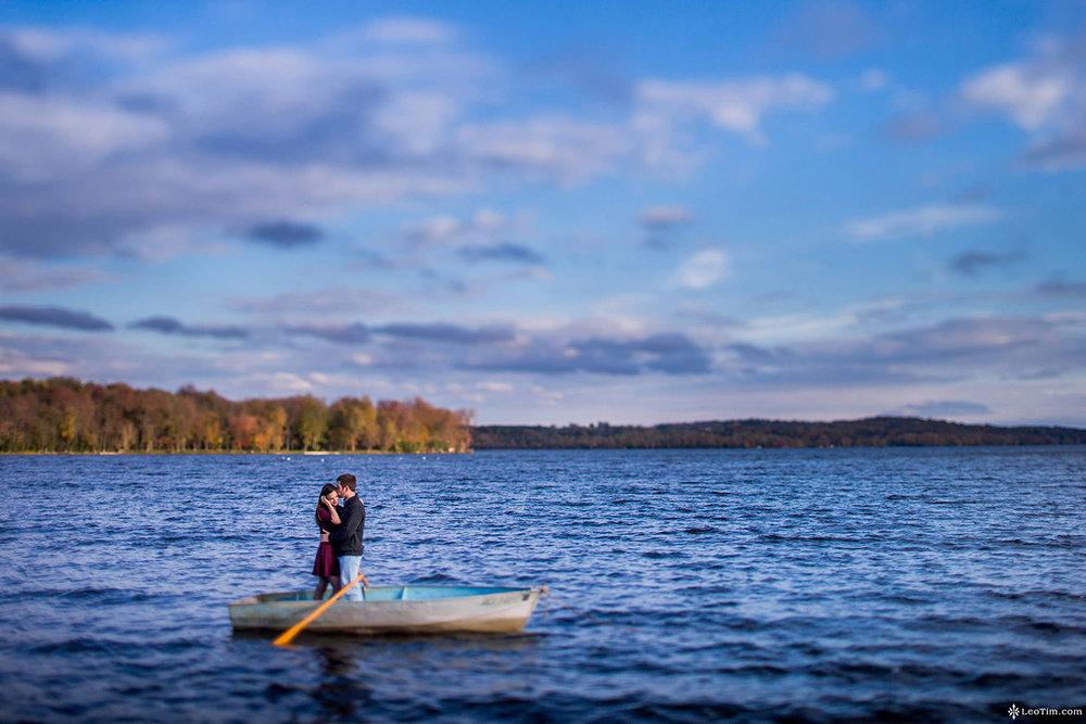 cross-lake-engagement-photos-05.jpg