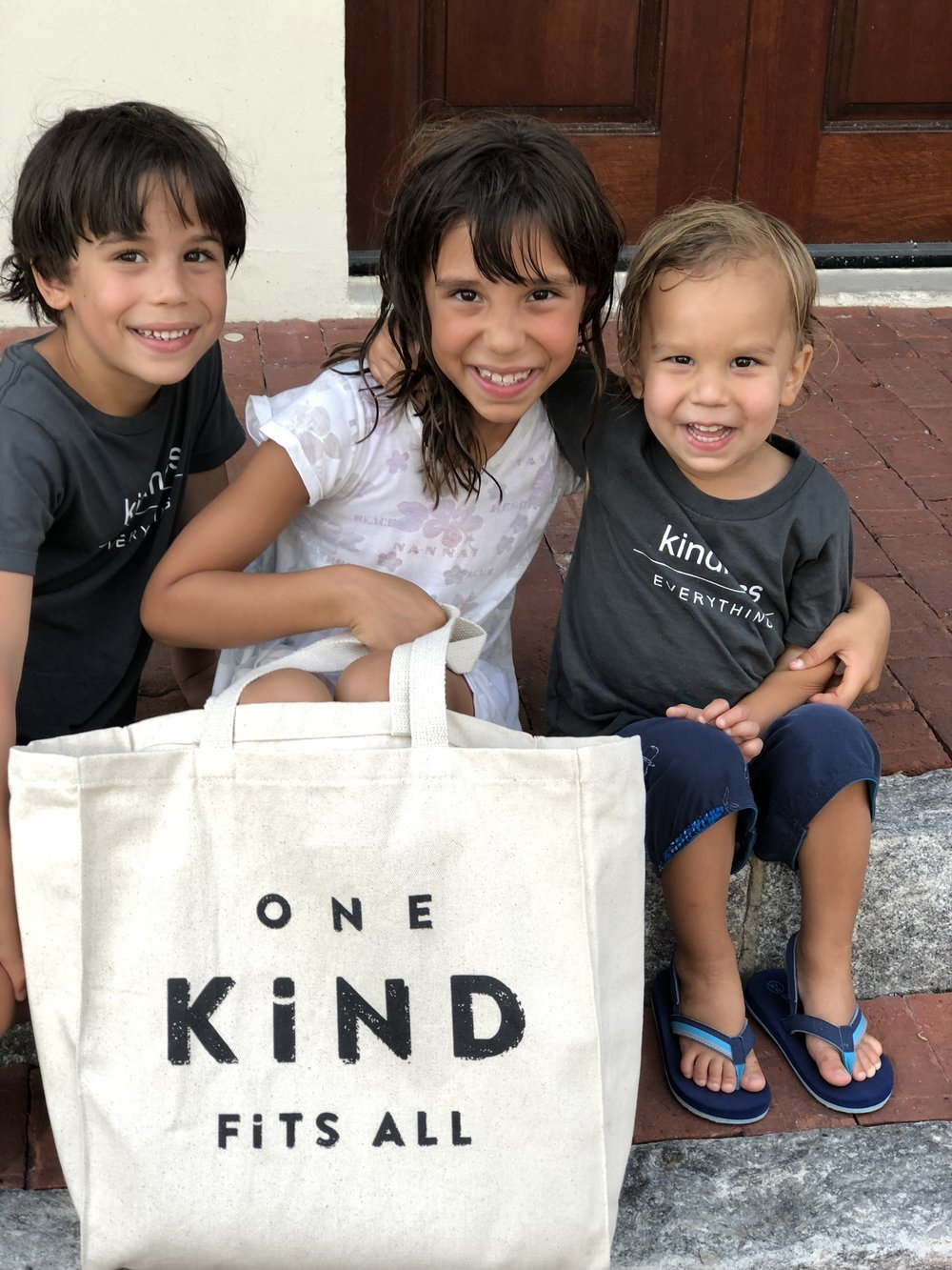 Luca (6), Michaela (8),Mateo (2) (bag from Luna Blu Mar—cute clothes and baby stuff!)