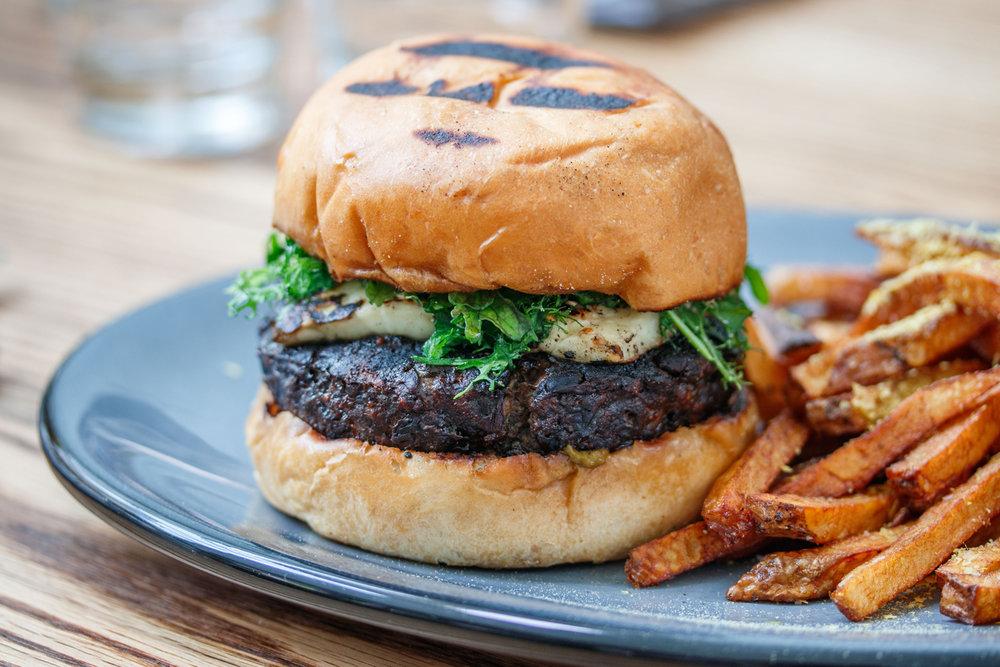 DNS--JB-Burger-1.jpg