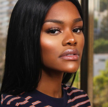 Teyana's makeup consistently includes flawlessly even skin, a neutral or gold eye look, and perfectly applied highlighter.