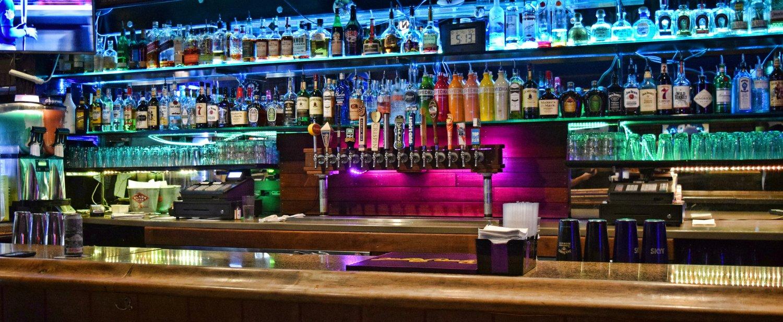UW Bar | University District | Seattle, WA — Earl\'s On The Ave