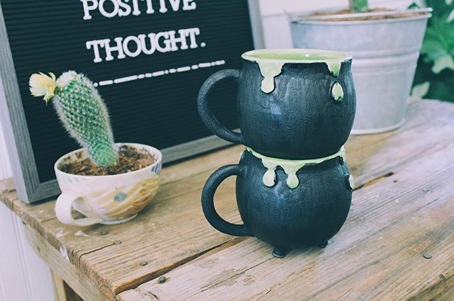 Dripping green cauldron mugs are @revolutionariesmarket now 💚