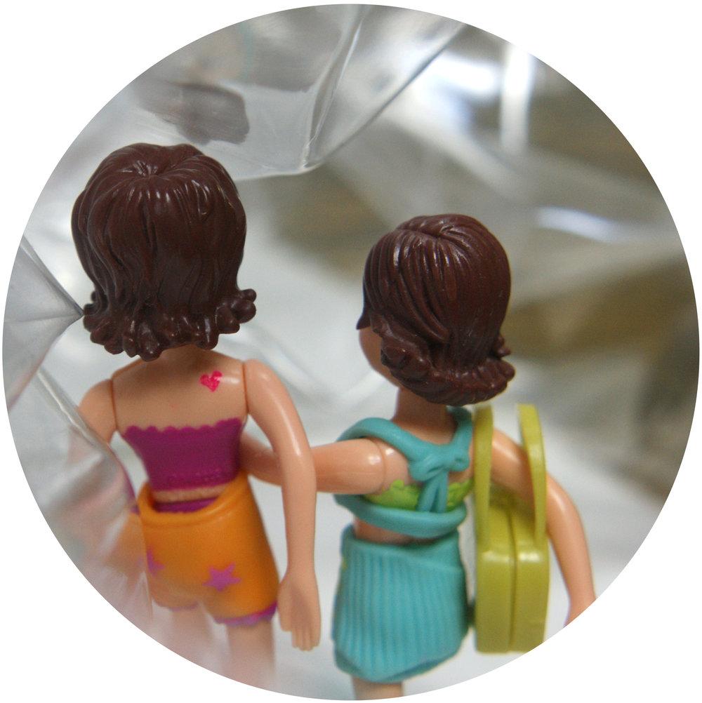 diptico chicas1.jpg