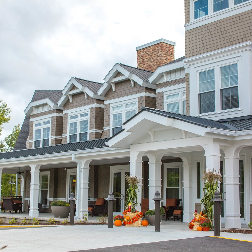The Residences at Salem Woods  Salem, New Hampshire 77,000 SF Assisted Living Facility Modern Design