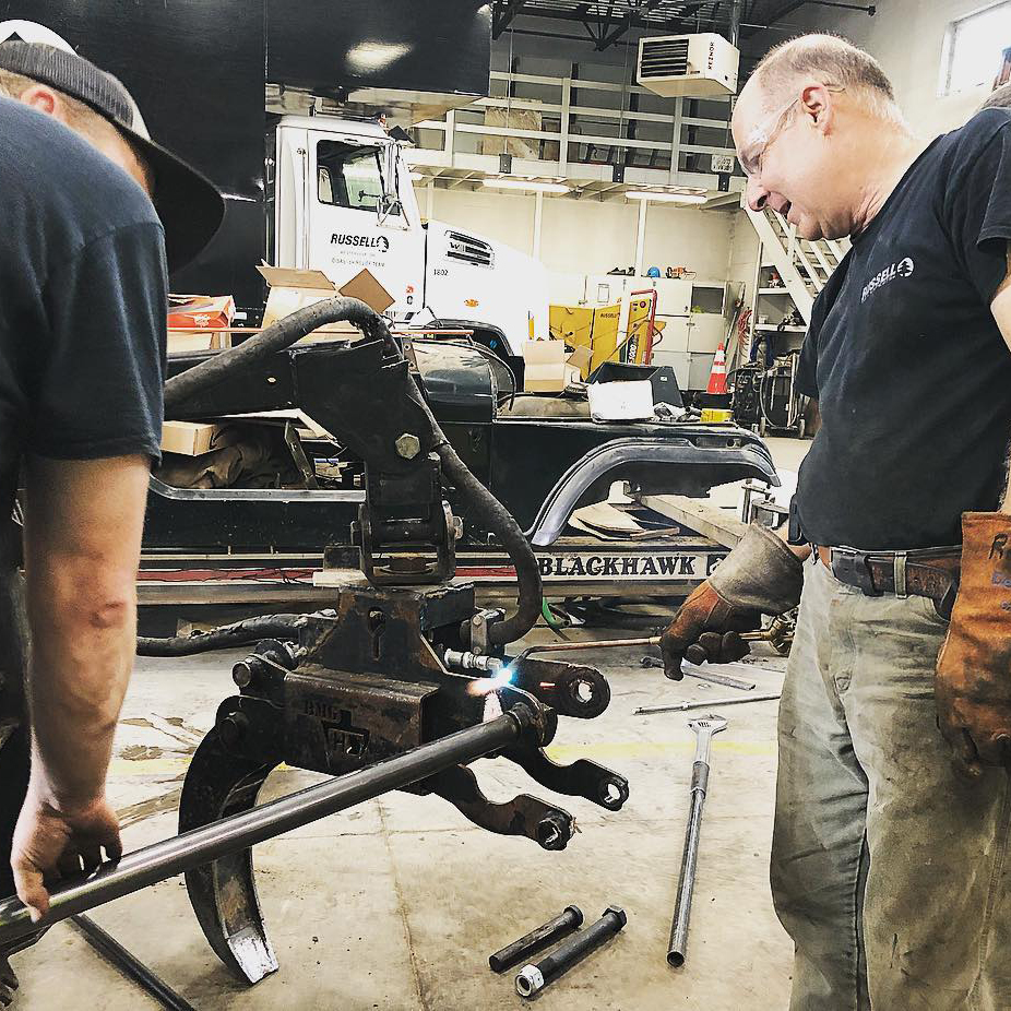 Expert Mechanics - We employee full time mechanics in house who have decades of experience. This ensures maximum uptime of our equipment and on time completion of your project.