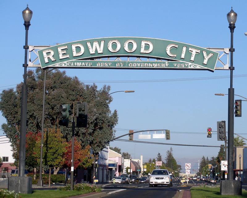 Redwood_City_eastern_sign.jpg