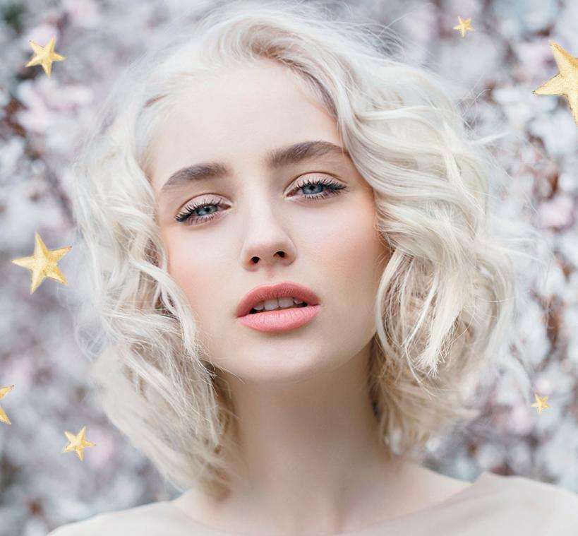 Winter-blonde-holiday-model.jpg