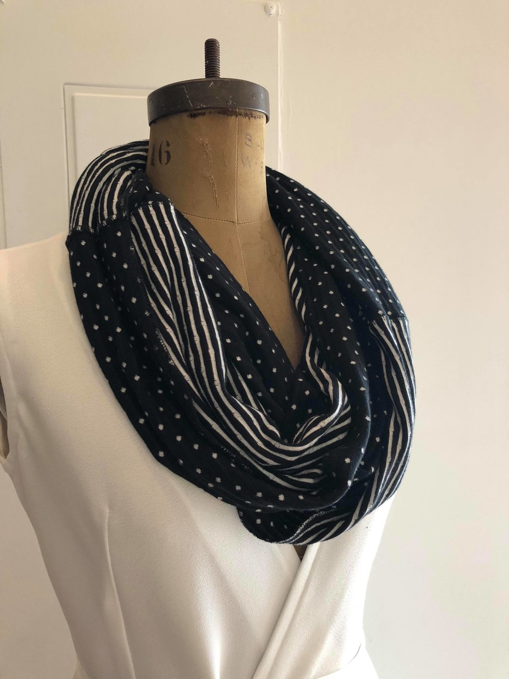 Black and White Scarf copy.jpg