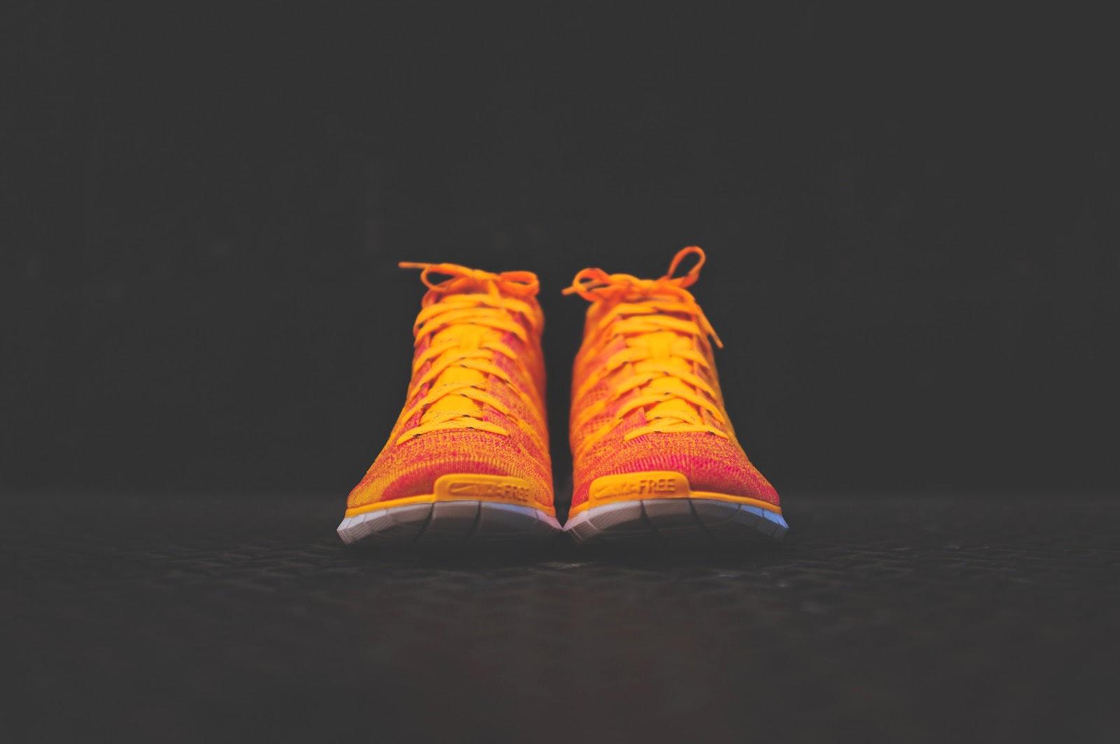 NIKE WMNS Free Flyknit Chukka - Atomic Mango - Wolf Grey - Pink Glow - Nike 639699-800 - 3