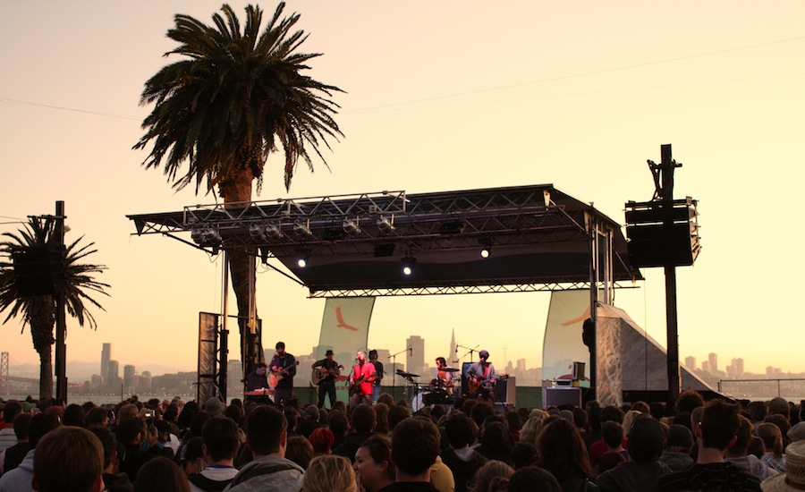 Dr_Dog_Treasure_Island_Music_Festival