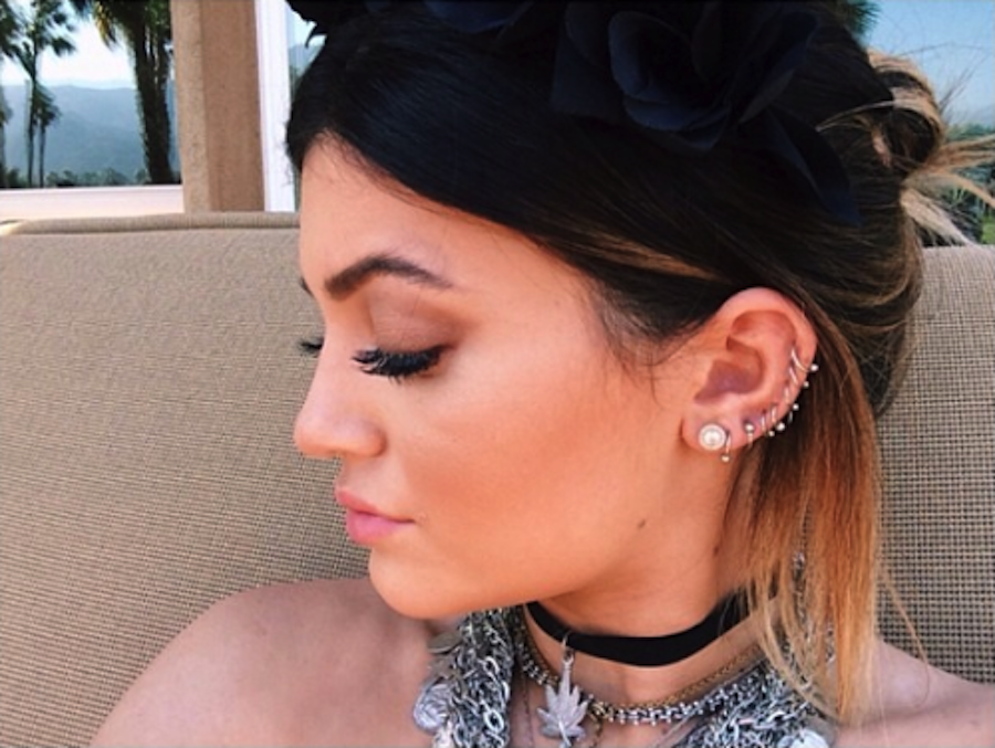 Yup, this is Kylie Jenner! Girlfriend has some major courage and style with all those piercings