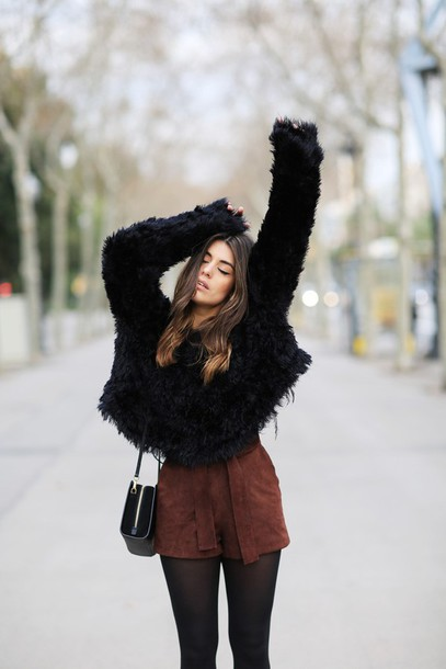 p4edos-l-610x610-dulceida-blogger-shorts-suede-brown-fuzzy-sweater-black-sweater-fluffy-winter-outfits.jpg