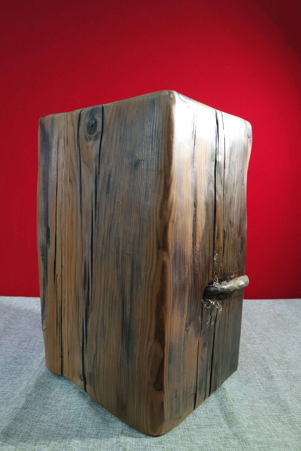 Driftwood Stool with Iron Bolt No I (26).JPG