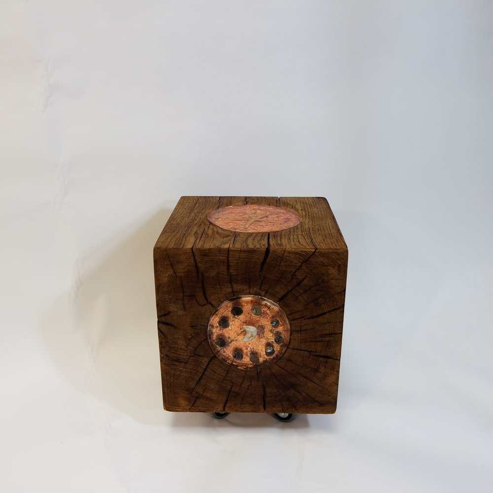 Oak Cube With Bronze Leaf and shells  (27).JPG