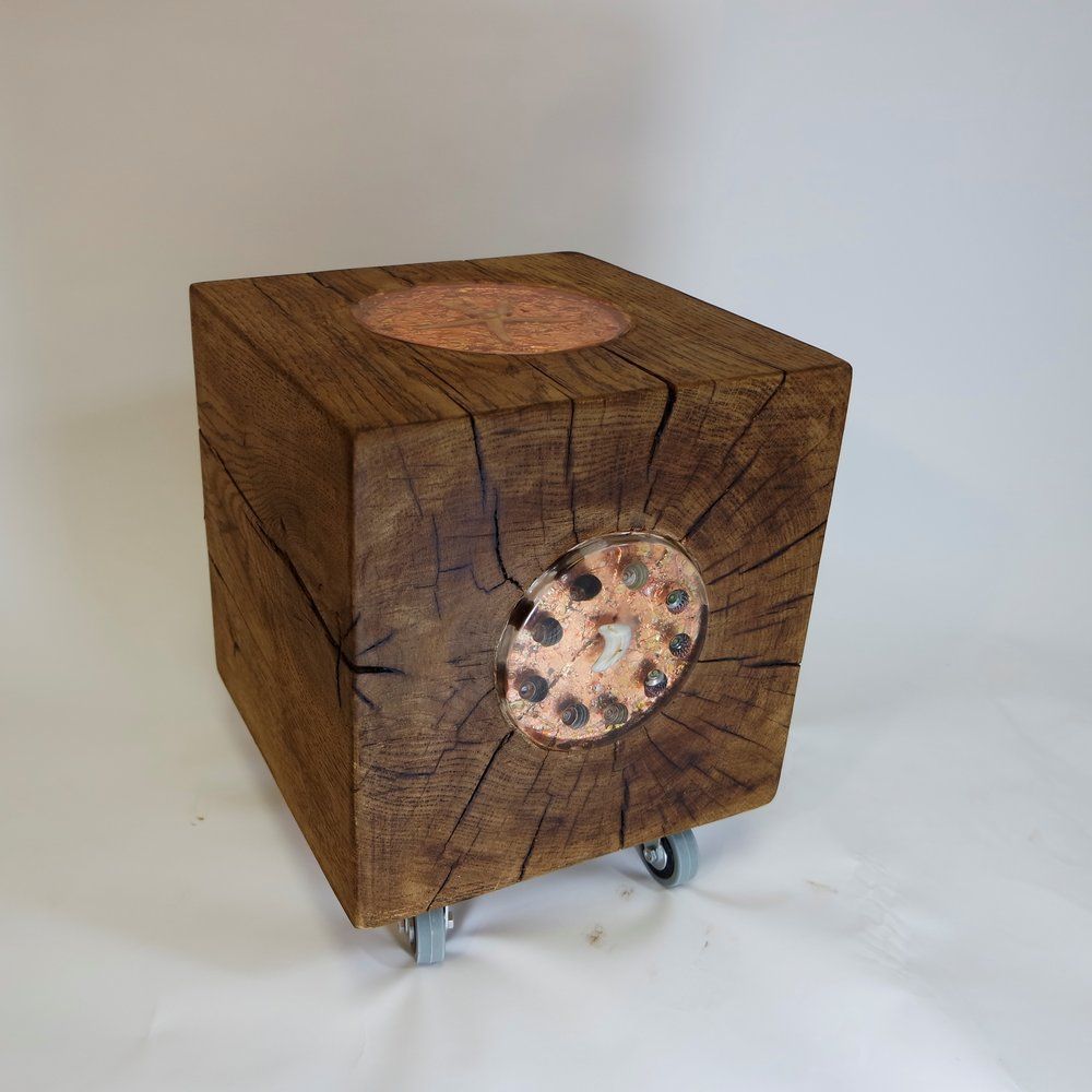 Oak Cube With Bronze Leaf and shells  (32).JPG