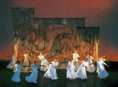 Freedom of The Dancing Soul_Theatrical Installation#3C96.jpg