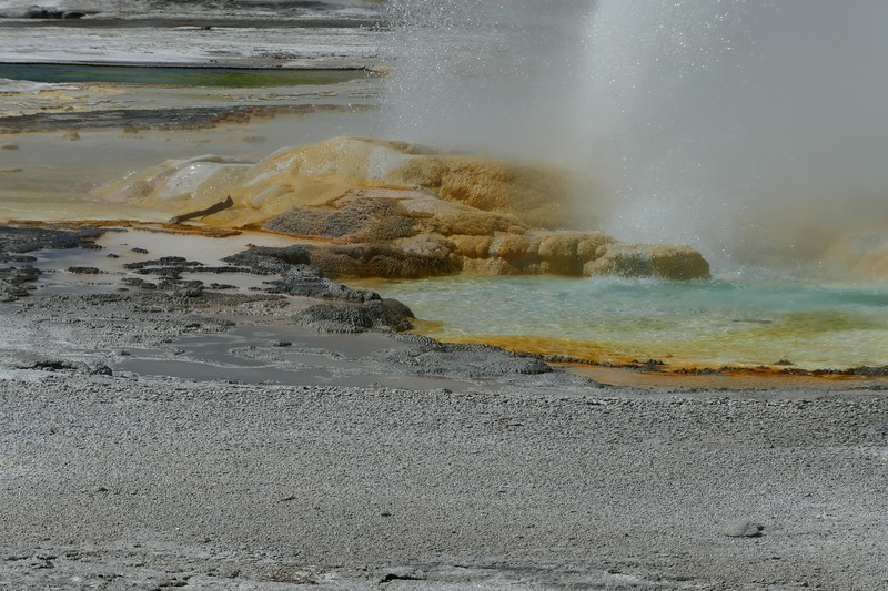 Thermal pool, Yellowstone
