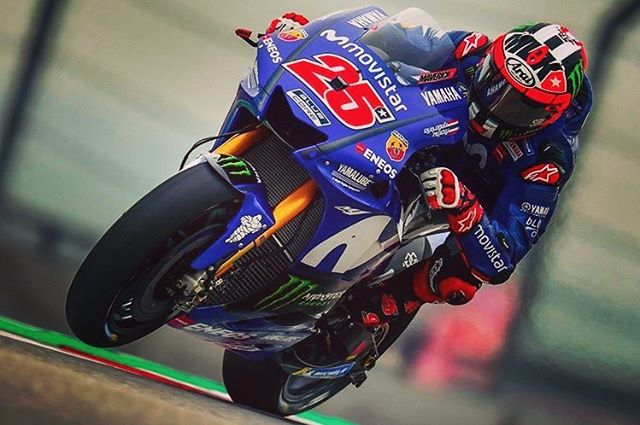 Race starts at 12 noon!!!! Come on out and watch it with your fellow fanatics! 👊✊️🤘 #MotoGP, #Gasolina, #GoodStuff