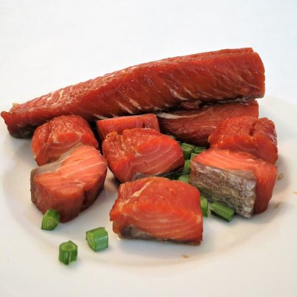 Candy Salmon?! You better believe it! Our Salmon Candy is smoked and has just the right amount of 'sweet' thanks to the brown sugar. 🐟🍭 • • • #nationalcandyday #wildforsalmon #salmoncandy  #sockeyesalmon #bloomsburgpa #bristolbaysockeye #smokedsalmon #wildsalmon #eatwildsavewild #eatmoreseafood