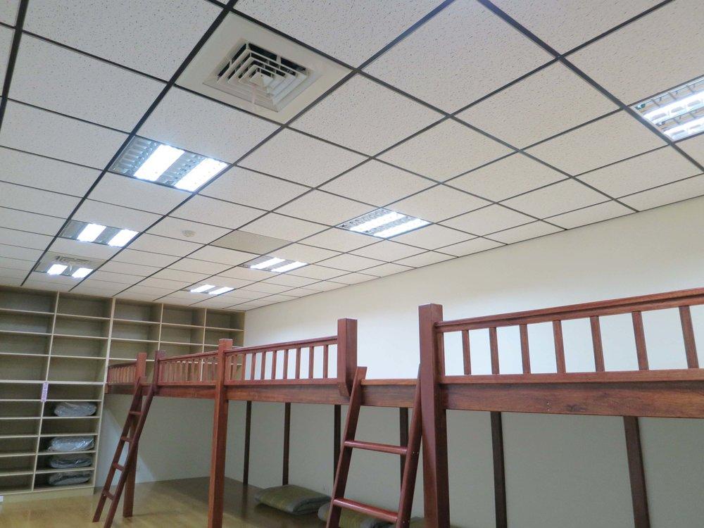 DOMI Blog_客戶故事_元亨寺只需2根LED燈管s.jpg