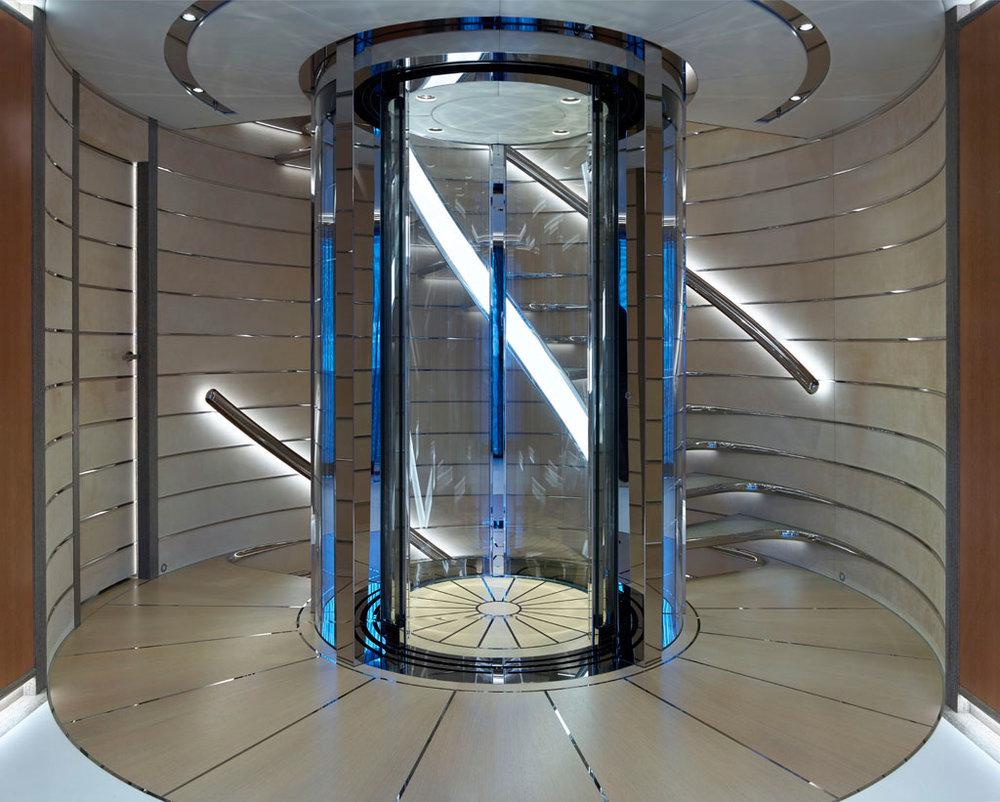 03-Galactica-Supernova-Heesen-02.jpg