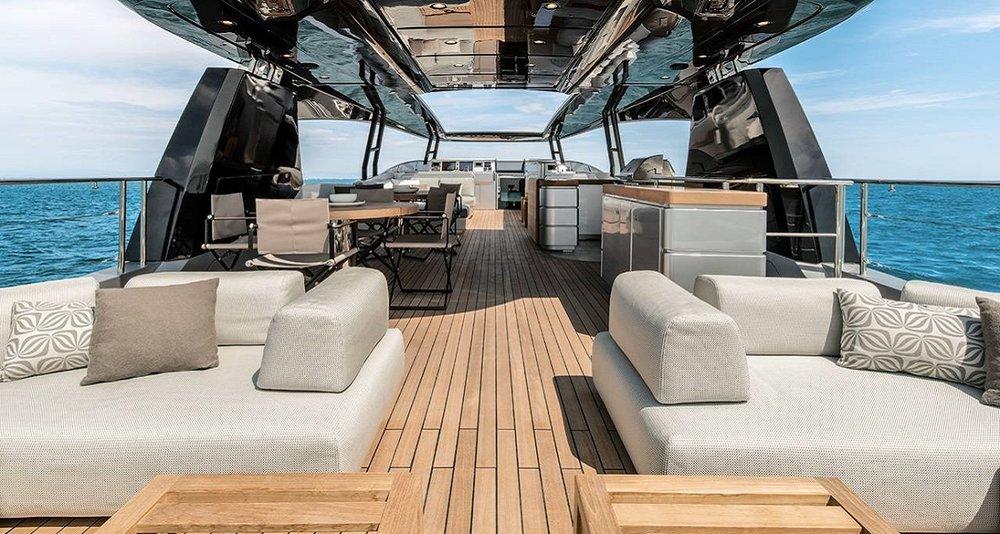 Salone Nautico 2017_monte carlo yacht 105_2.jpg