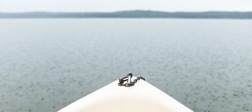 lake-2436383_1920.jpg
