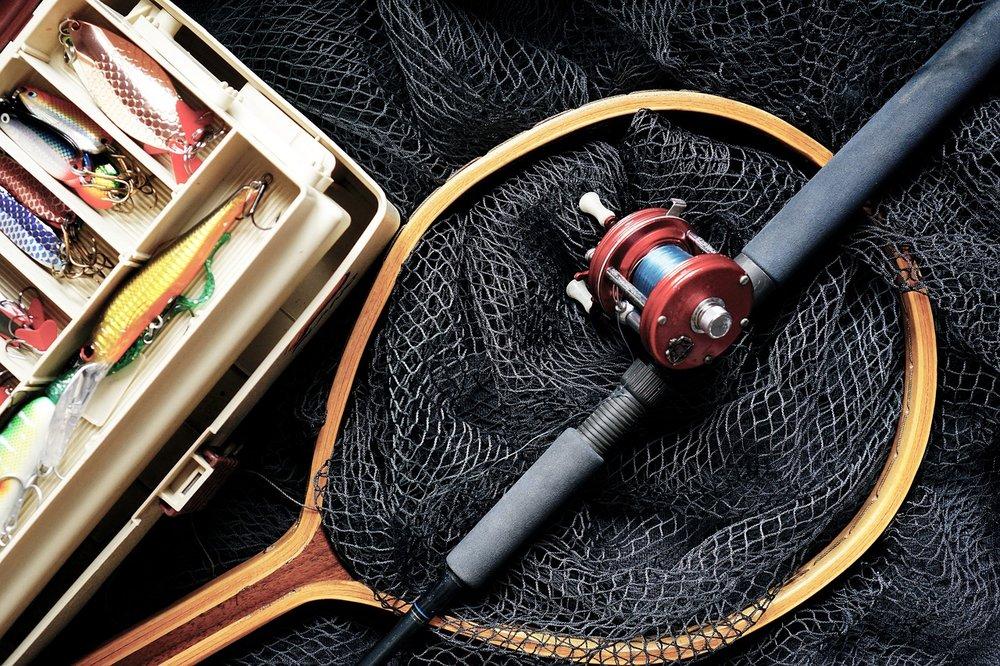 fishing-1572408_1280.jpg